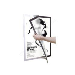 Duraframe® POSTER 50×70cm - ezüst infokeret (4996-23) öntapadó hátlap